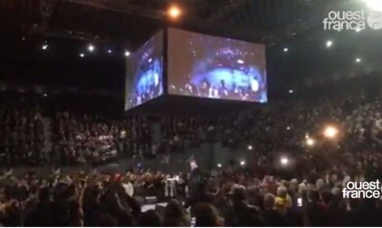 JL Mélenchon fait salle comble à Brest (4500 personnes) -capture d'écran! Ouest-France