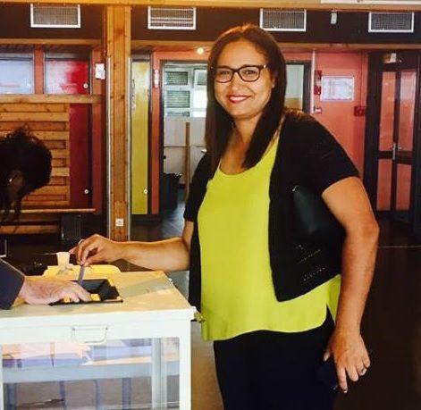 Farida AMRANI, candidate de LA FRANCE INSOUMISE est en mesure de battre dimanche Monsieur 49-3 : Manuel VALLS !