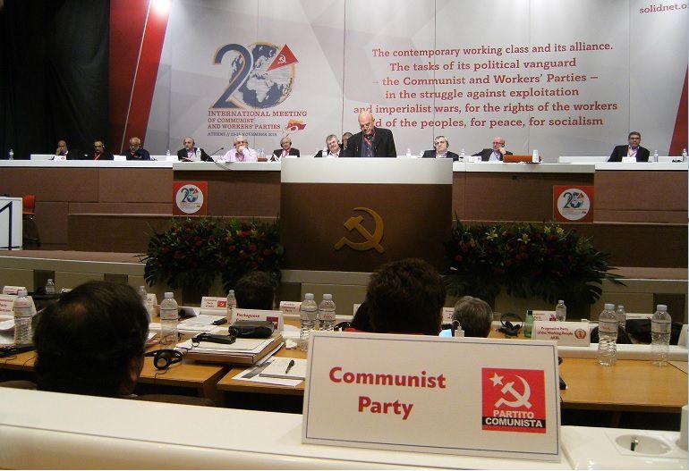 VIVE CRITIQUE de l'héritage de « L'EURO-COMMUNISME» par Marco Rizzo, dirigeant du Parti communiste italien (Partito Comunista)