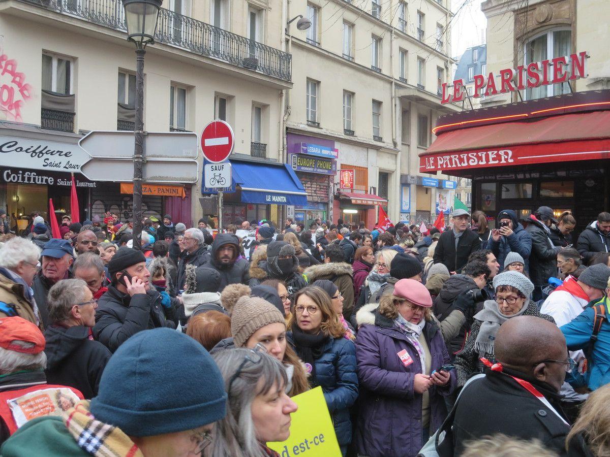 PARIS 5 DÉCEMBRE - MANIF MONSTRE : froid dehors, chaud au coeur !