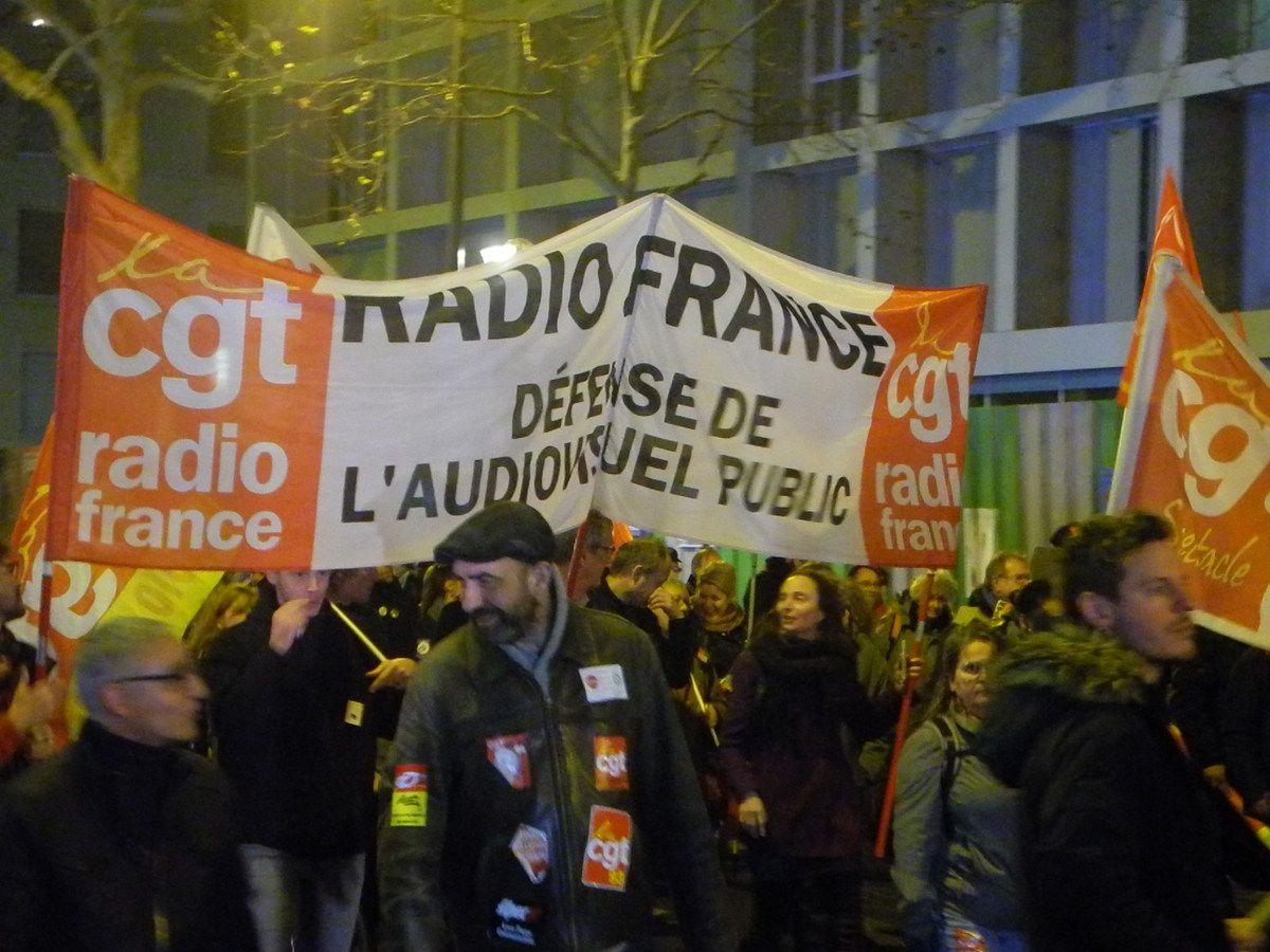 17 DÉCEMBRE : ÉNORME MANIFESTATION À PARIS [les photos d'El Diablo]