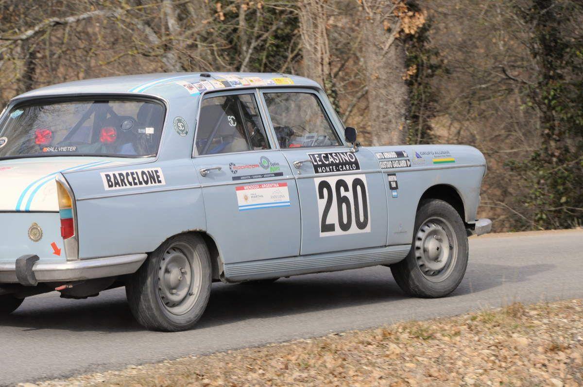 Gustavo Gagliardi(ARG)/Miguel Arnaudo(ARG) Peugeot 404 1971 ..... Photo : R.S.