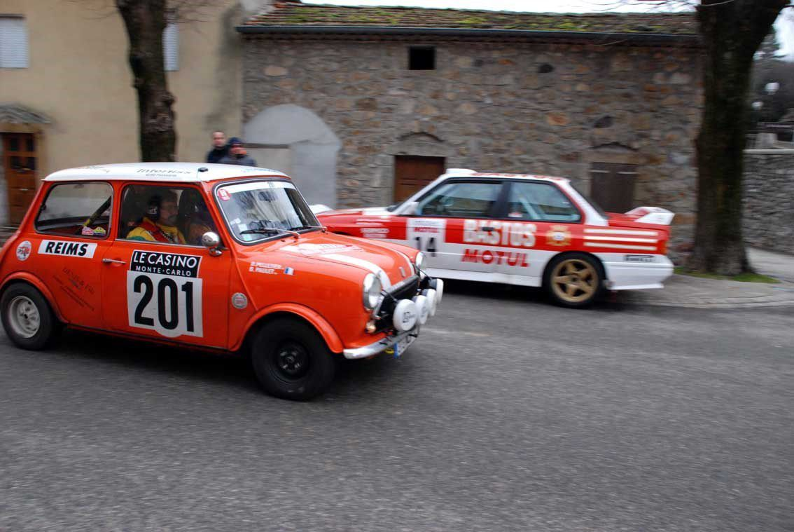 Bernard Paulet(F)/Daniel Pelletier(F) Innocenti Mini Cooper 1974 ..... Photo : H.C.