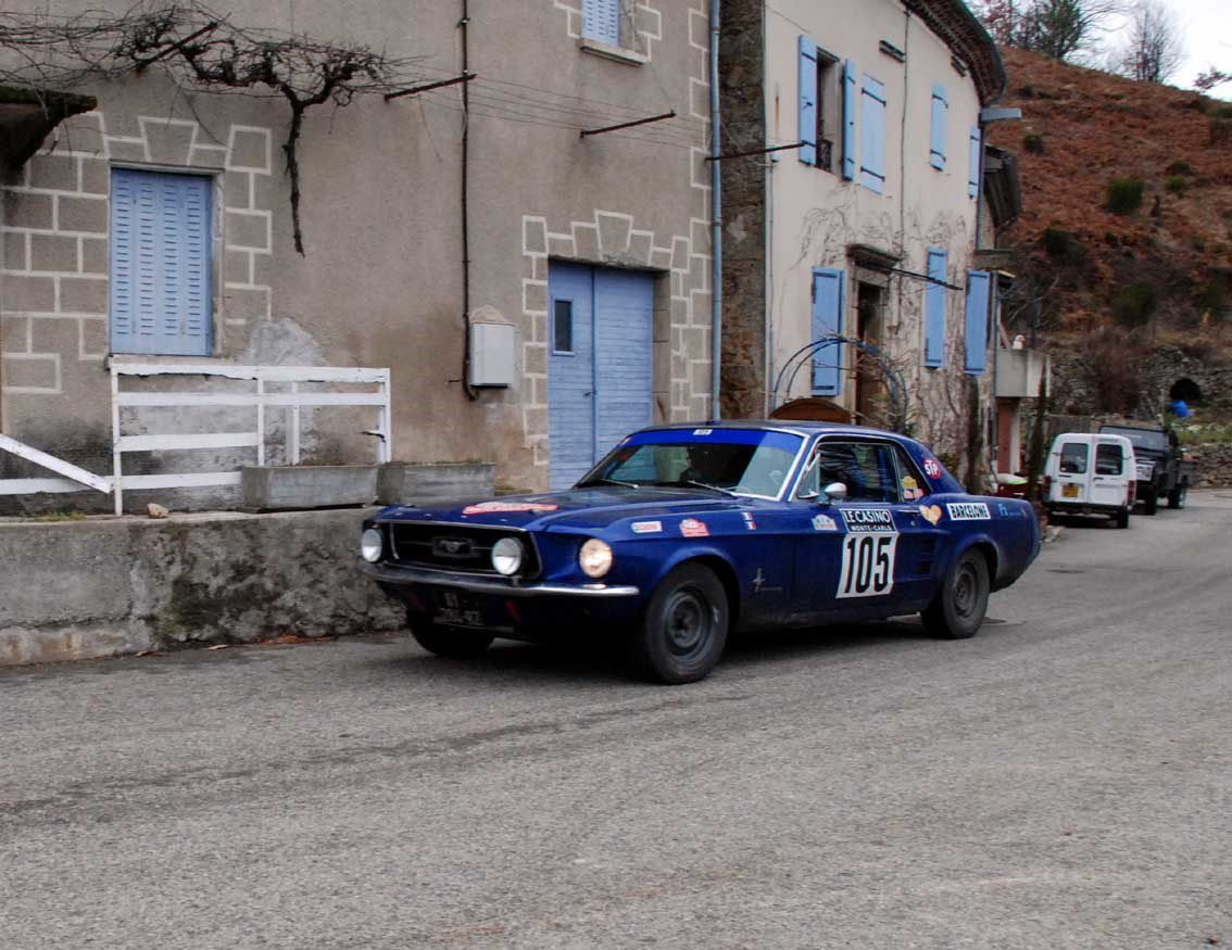 Jean-Jacques et Baptiste Martin(F) Ford Mustang 1967 ...... Photo : H.C.