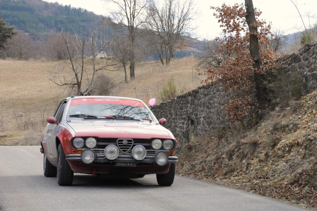 Francesco Liberatore(I)/Francesco Cartesi(I) Alfa Romeo Alfetta GTV 2,0 1977 ..... Photo : R.S.