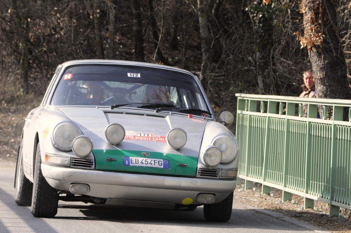 Walter Ben(I)/Franco Gotta(I) Porsche 911 1965 ..... Photo : R.S.