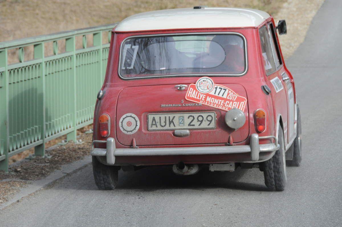 Rauno Aaltonen(Fin)/Hans Sylvan(S) Morris Mini Cooper S 1965 ..... Photo : R.S.