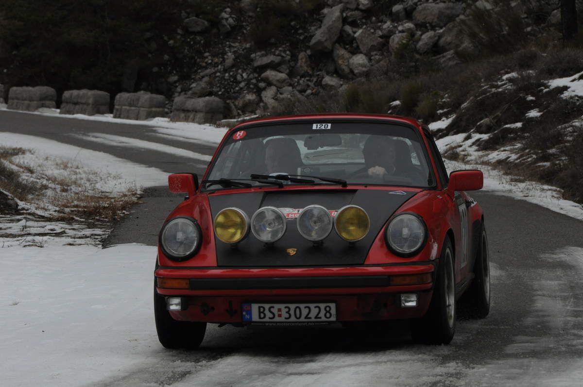Egil Nicolaysen(N)/Stein Roed(N) Porsche 911 SC 1979 ..... Photo : R.S.