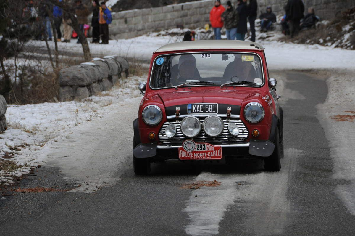 Christopher Mockridge(GB)/John Varney(GB) Austin Mini Cooper S 1971 ..... Photo : R.S.