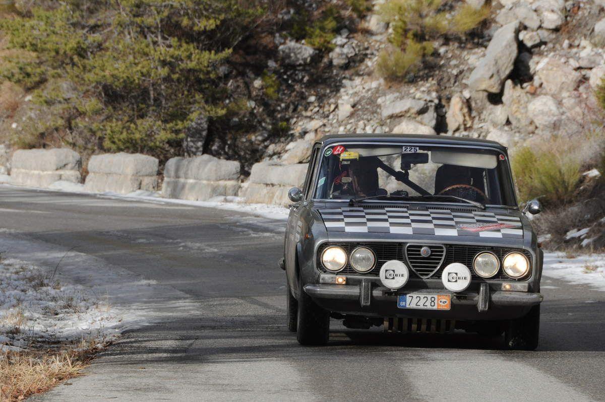 Vasos Theodosiou(GR)/Leonidas Nasopoulos(GR) Alfa Romeo Gilia 2,0 1972 ..... Photo : R.S.