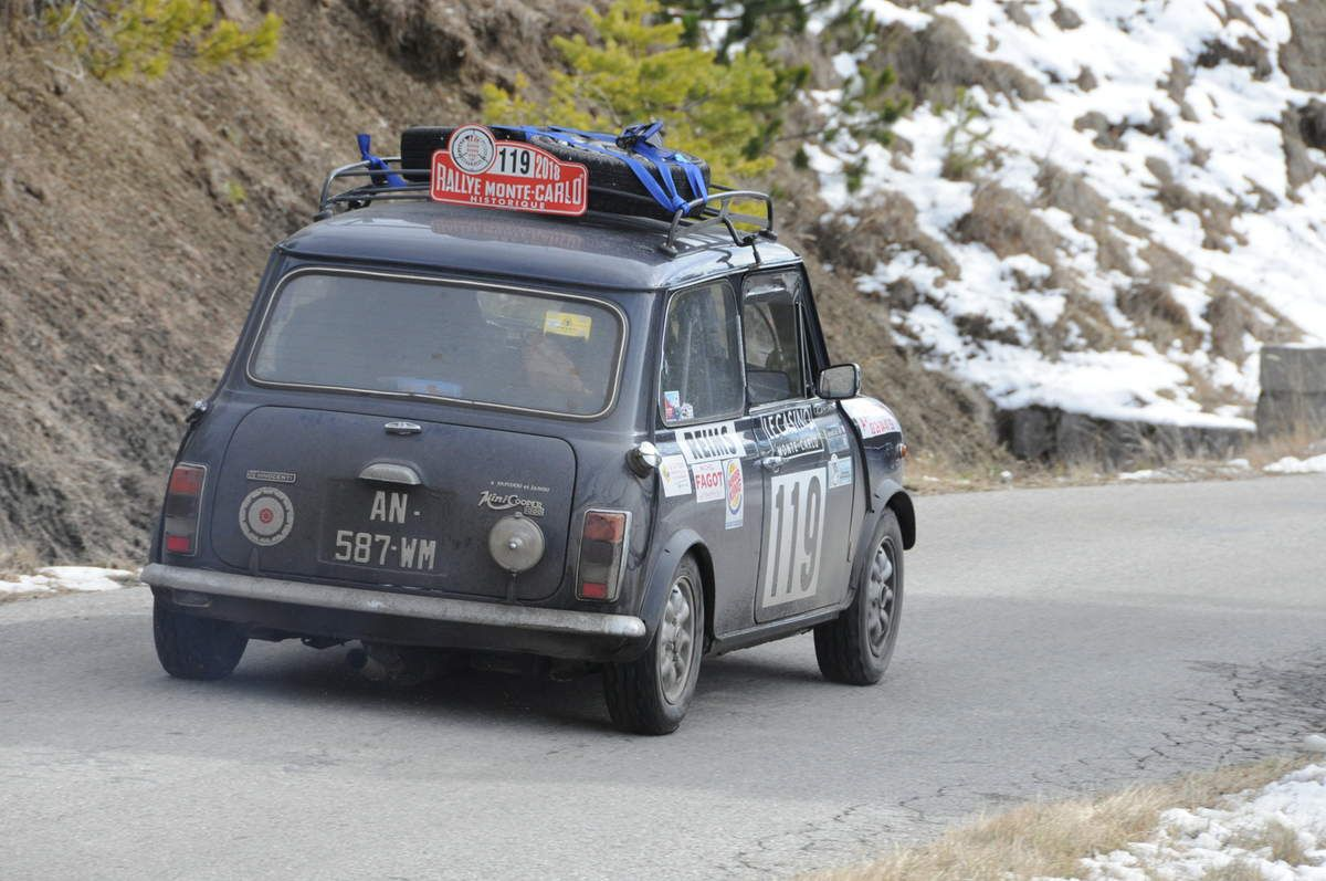 Gérard Cruif(F)/Fabrice Wehrung(F) Innocenti Mini Cooper 1300 ..... Photo : R.S.
