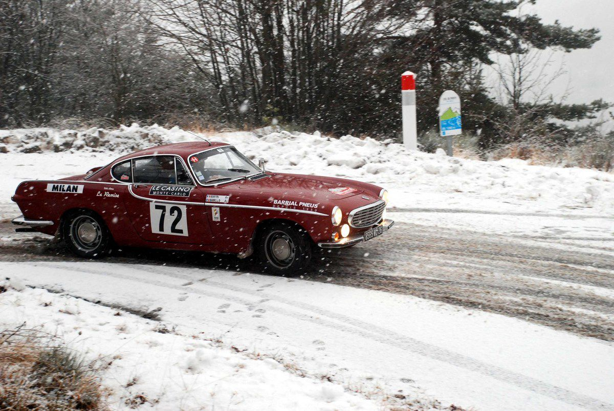 Dominique Barrial(F)Philippe Reny(F) Volvo P 1800 S 1964 ..... Photo : HC