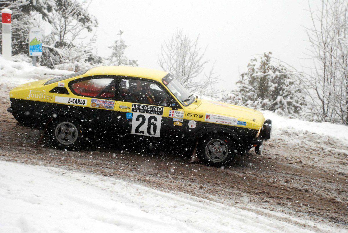 Raymond Durand(F)/Sébastien Chol(F) Opel Kadett GTE 1977 ..... Photo : HC