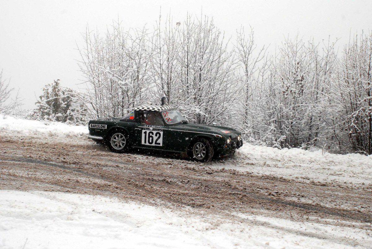 Chris Dravec(CH)/Urs Eichenberger(CH) Triumph TR5 1968 ...... Photo : HC
