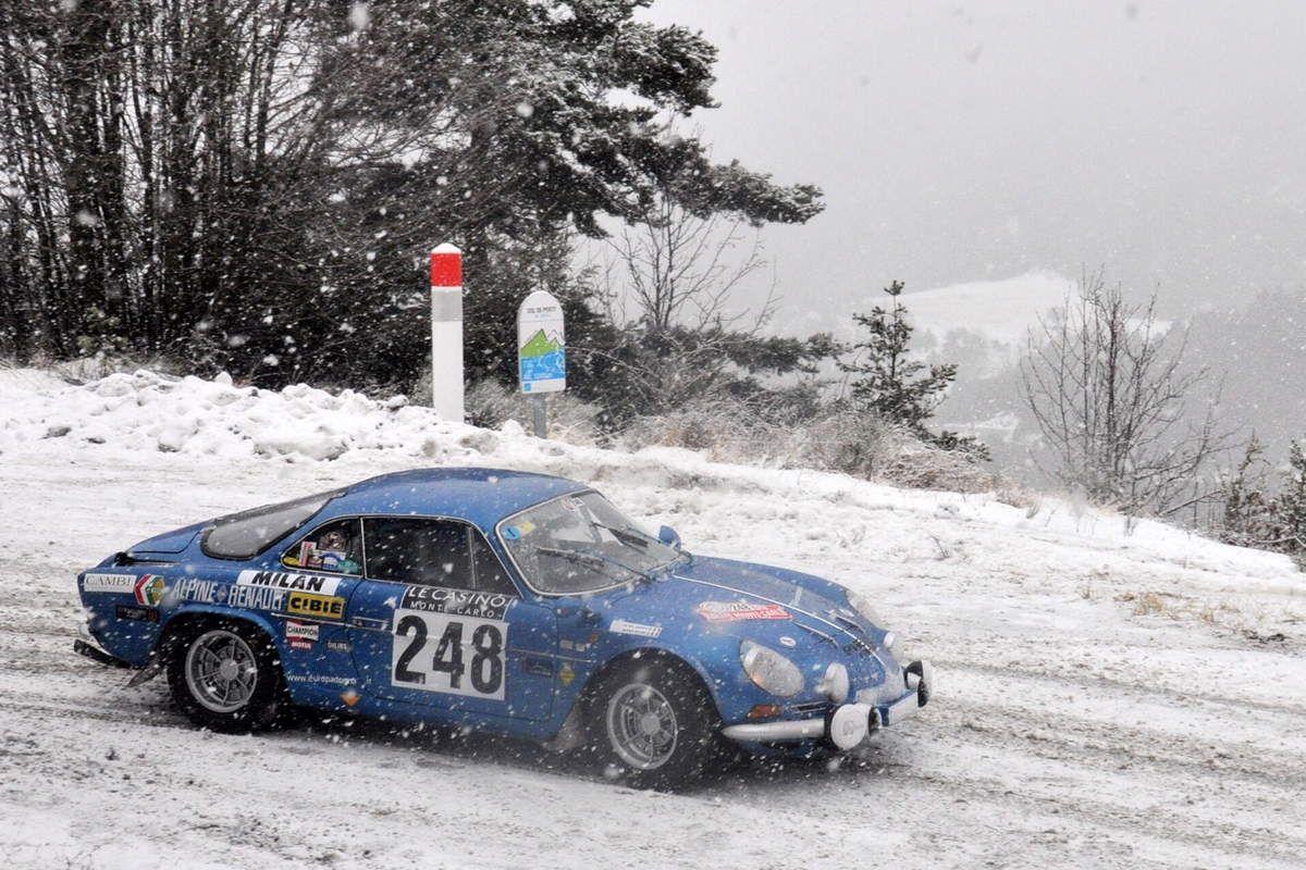 Alexia Guigni(I)/Annunziata Del Gaudio(I) Alpine A110 1300 G 1971 ..... Photo : RS