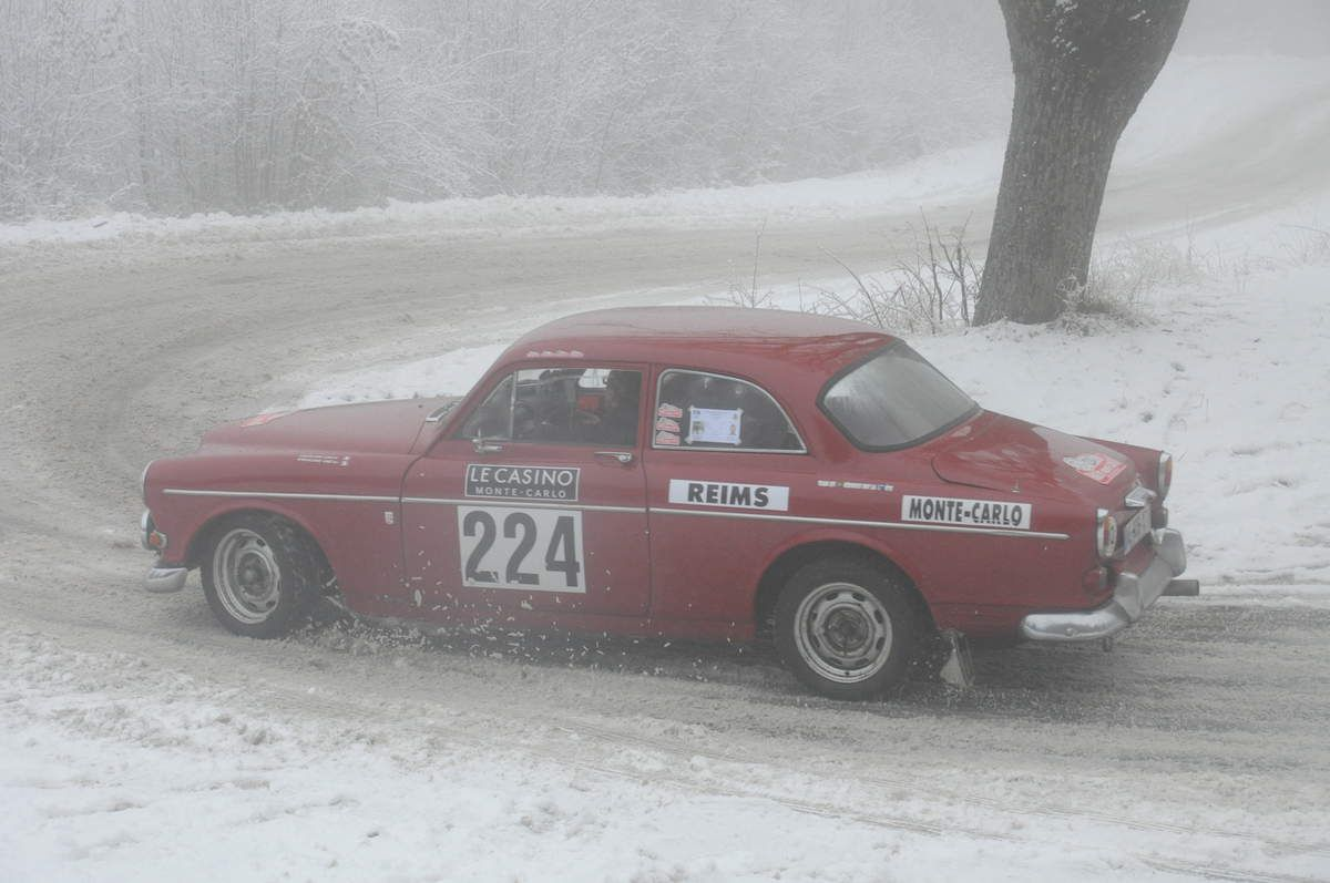 Eric & Maxime Bouilliant-Linet(F) Volvo 122 S 1967 ..... Photo : RS