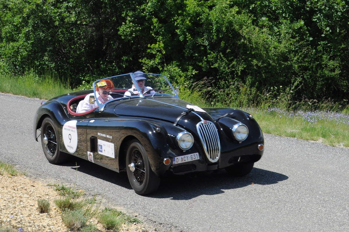Jaguar XK 140 1955 ..... Photo : R.S.