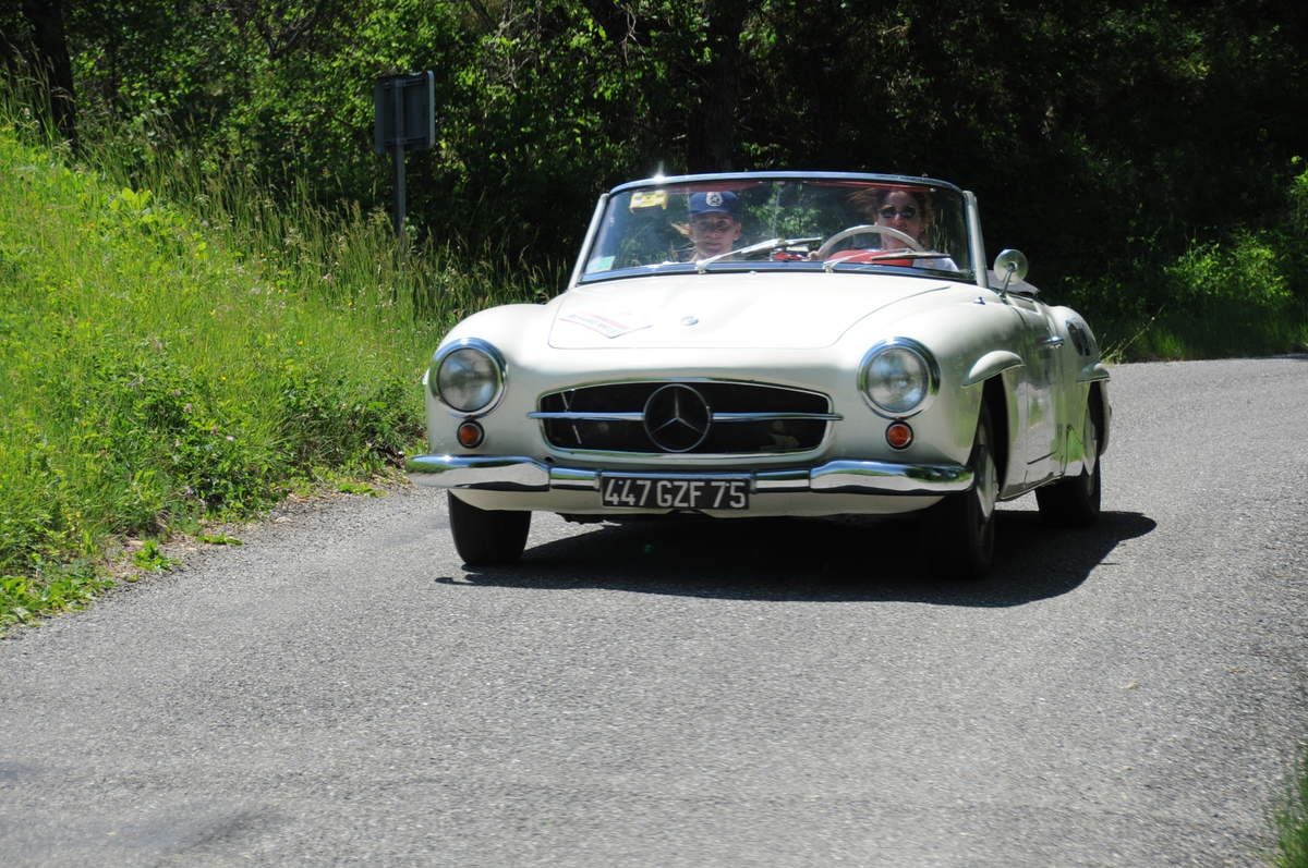 Mercedes 190 SL 1960 ..... Photo : R.S.