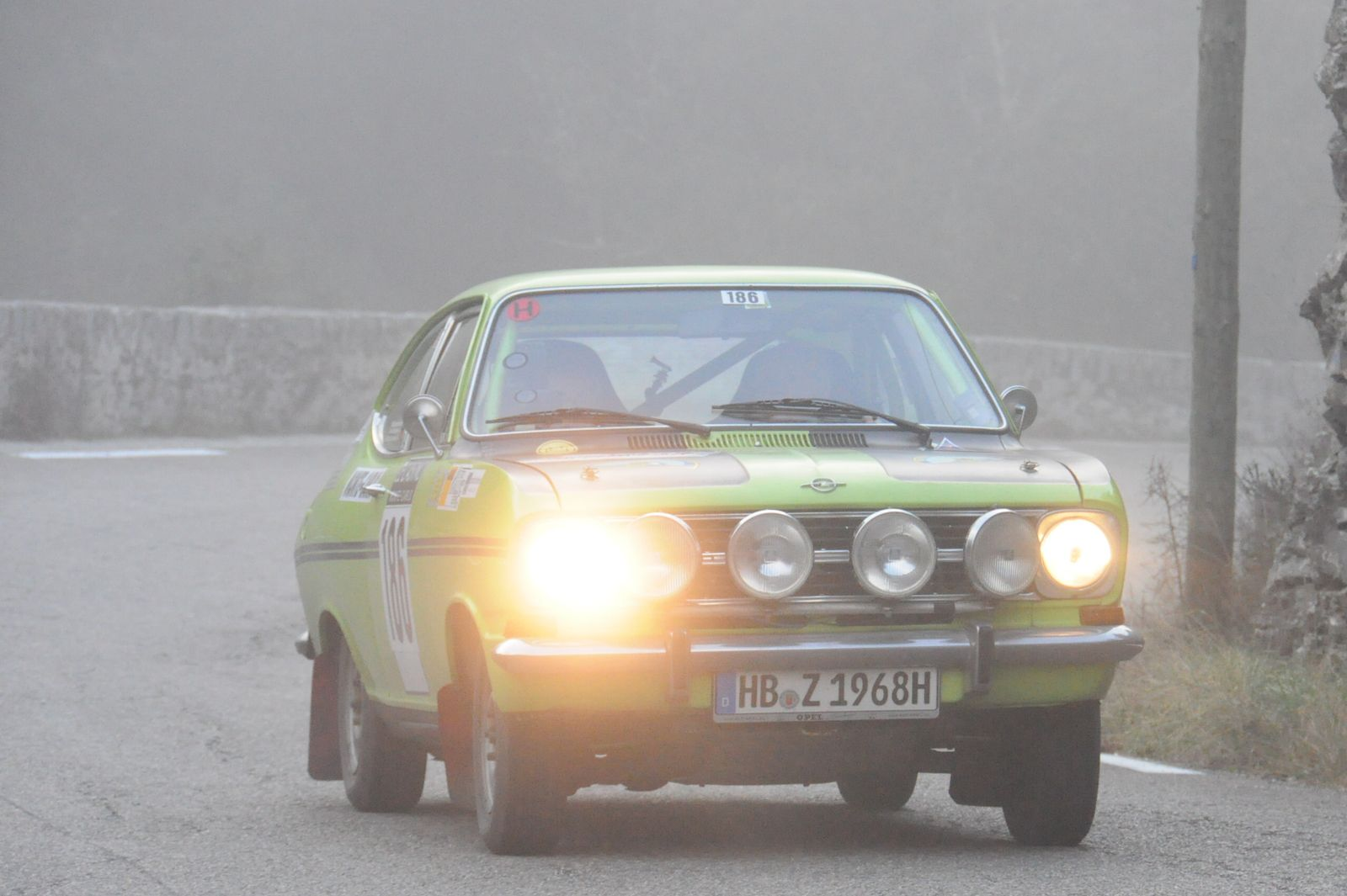 Opel Kadett B Rallye 1968 ..... Photo : R.S.