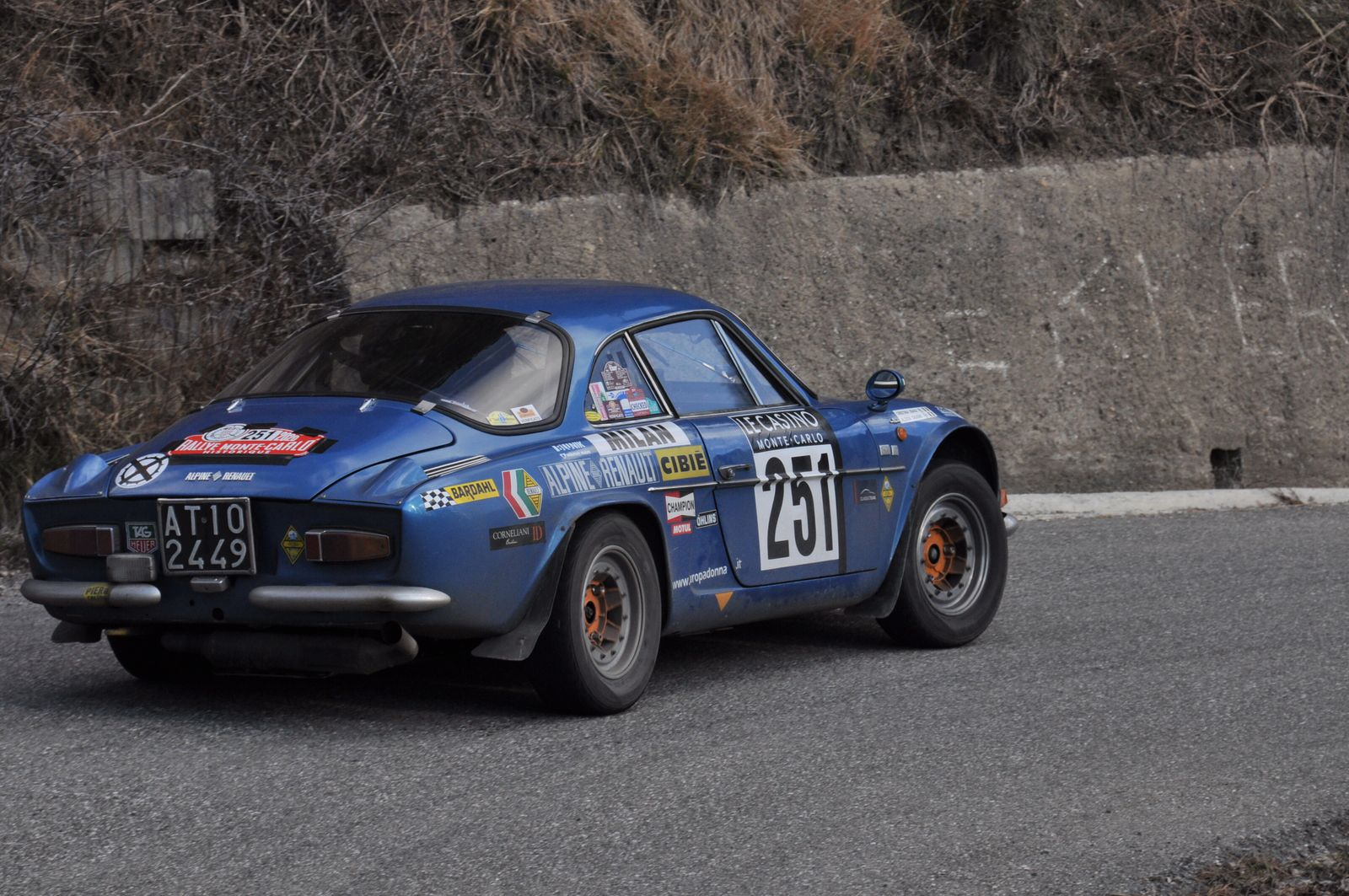 Alpine A110 1300 G 1971 ..... Photo : R.S.