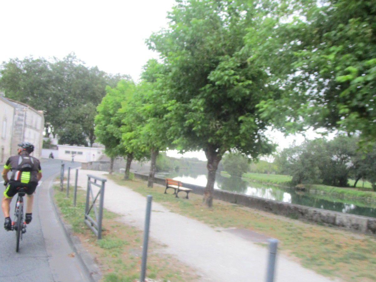 Nous suivons la Charente