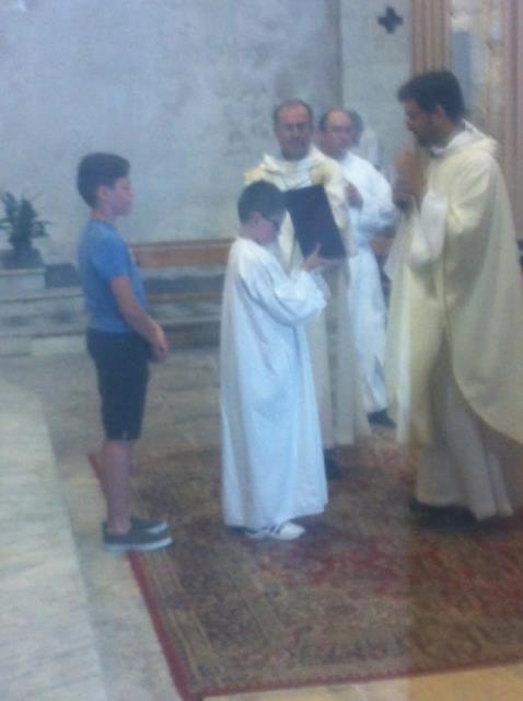 Profession de foi des jeunes de 5ème et Baptême de Matteo samedi à Saint Genest.