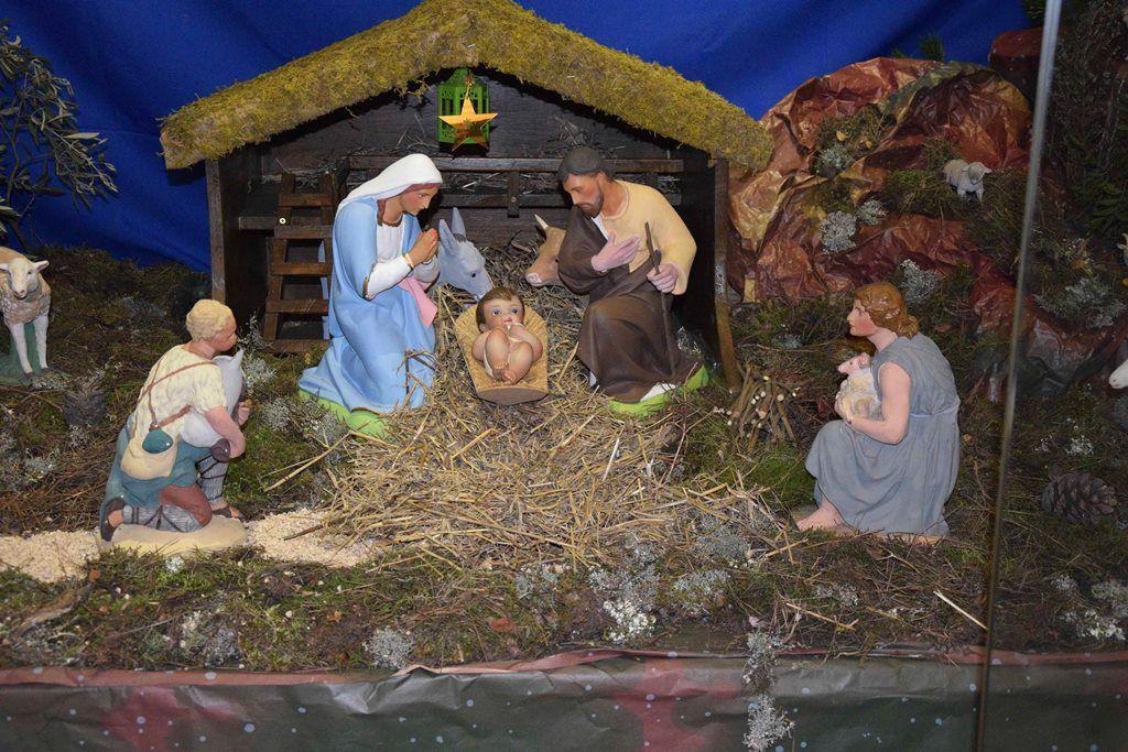 Une messe a été célébrée à l'église Saint Louis d'Anjou suivie d'un gouter festif et convivial.