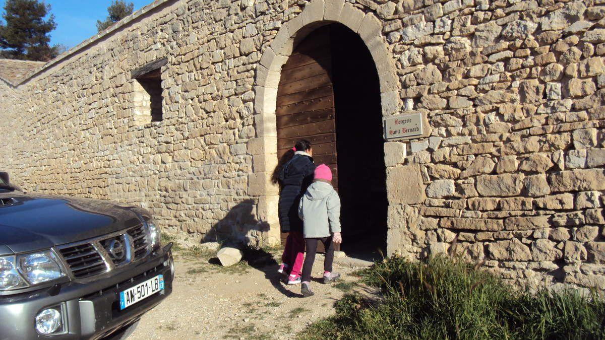 Avec le Père Bastien, Soeur Nicaise et ... l'accueil du Frère Jean