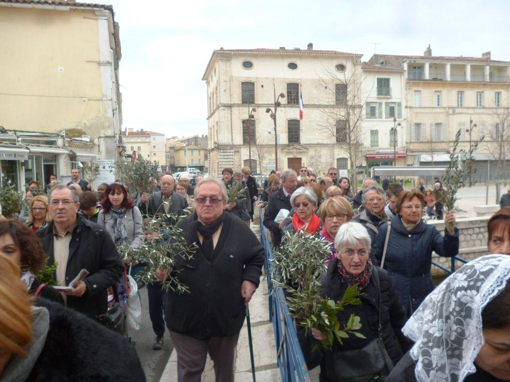 Les églises de Martigues étaient bondées pour les 5 messes des Rameaux.