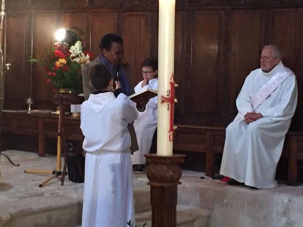 Première messe de l'Annonciation dans la Chapelle de l'Annonciade, précédée du chapelet médité à partir de l'Evangile du jour et des tableaux de la chapelle