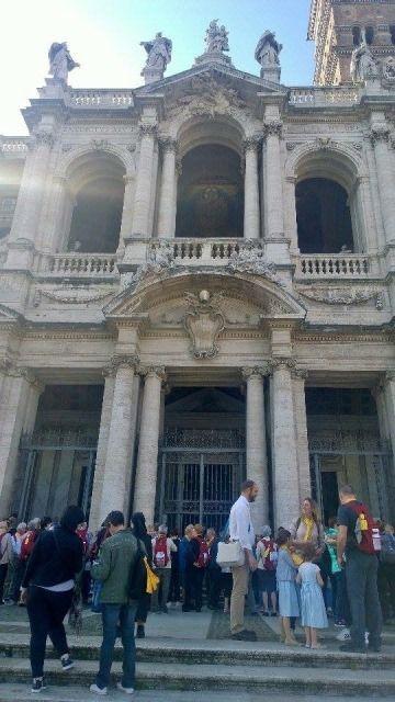 Près de 400 églises en plus de tous les monuments antiques, il y a de quoi visiter dans cette belle capitale !