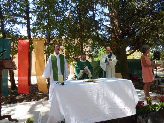 La Baume ferme mais c'est pour de nouvelles aventures ! Merci à tous les frères jésuites qui ont été l'âme de la Baume.
