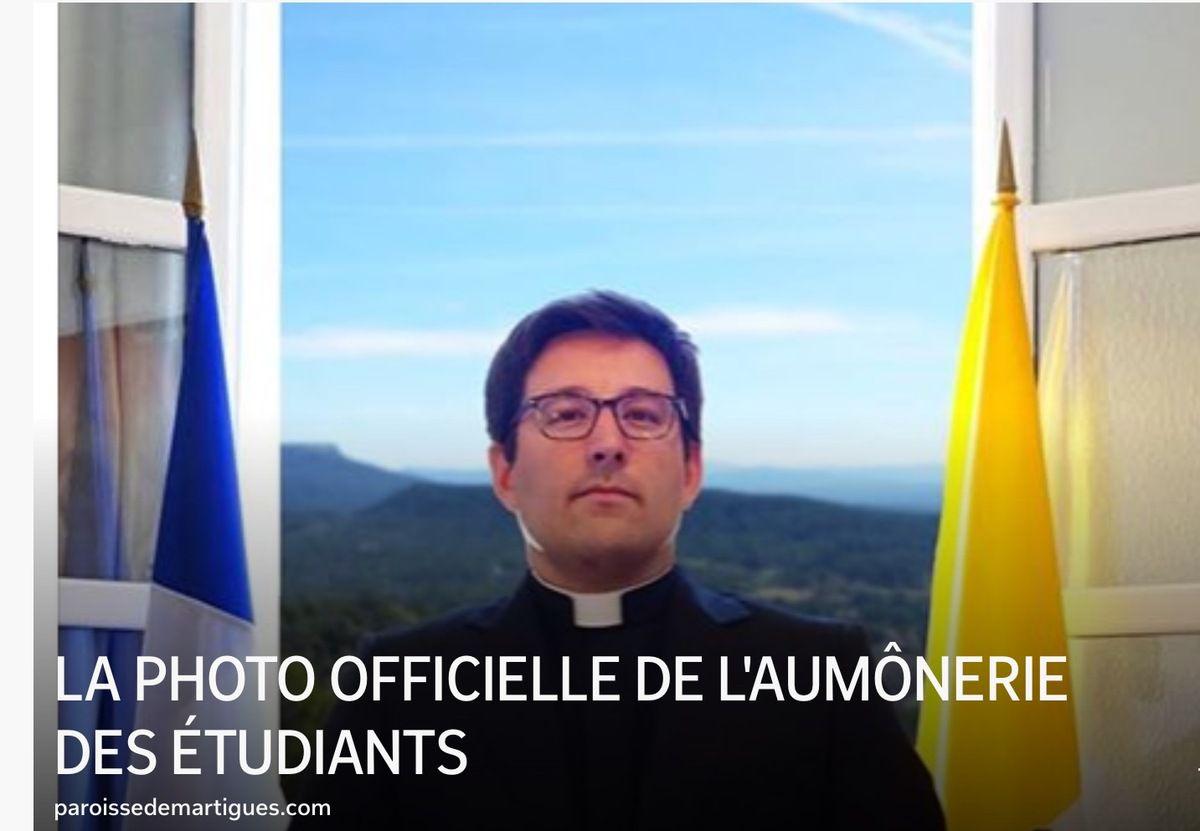 LA PHOTO OFFICIELLE DE L'AUMÔNERIE DES ÉTUDIANTS