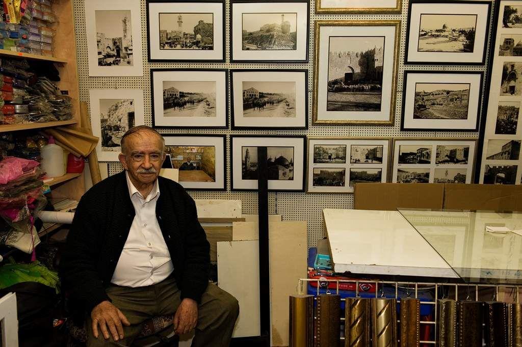 En attendant le wifi à Jérusalem !!! Photos Alain Espinosa.