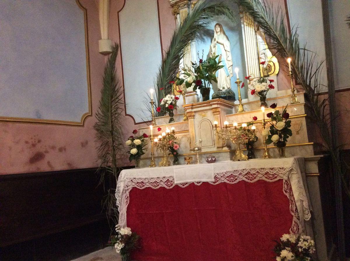 Office de la Passion à Saint Louis d'Anjou et Chemin de Croix à Notre Dame de Miséricorde