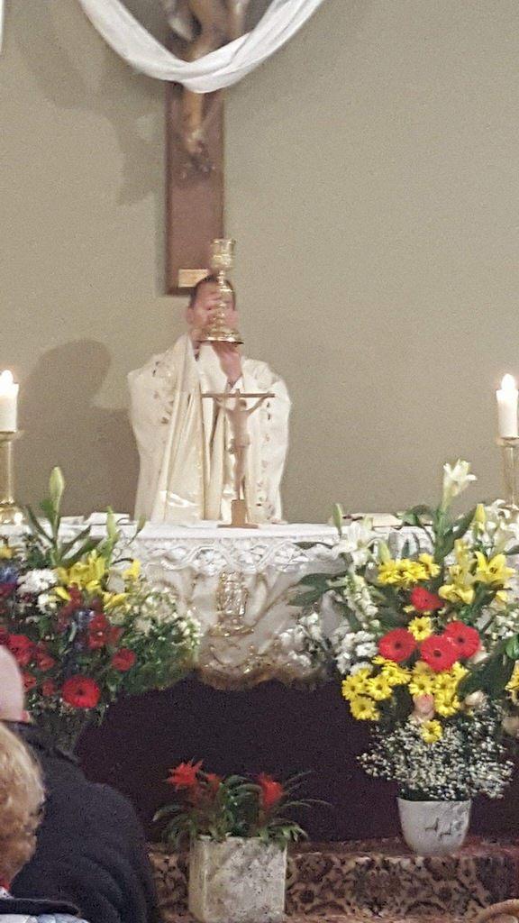 A Saint Jean (Croix Sainte) avec le Père Bastien.