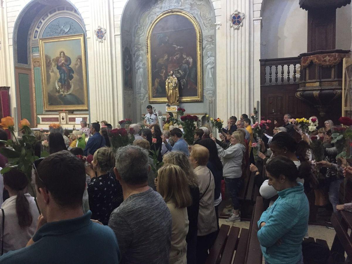 Eglise de La Madeleine : messe solennelle et bénédiction des roses