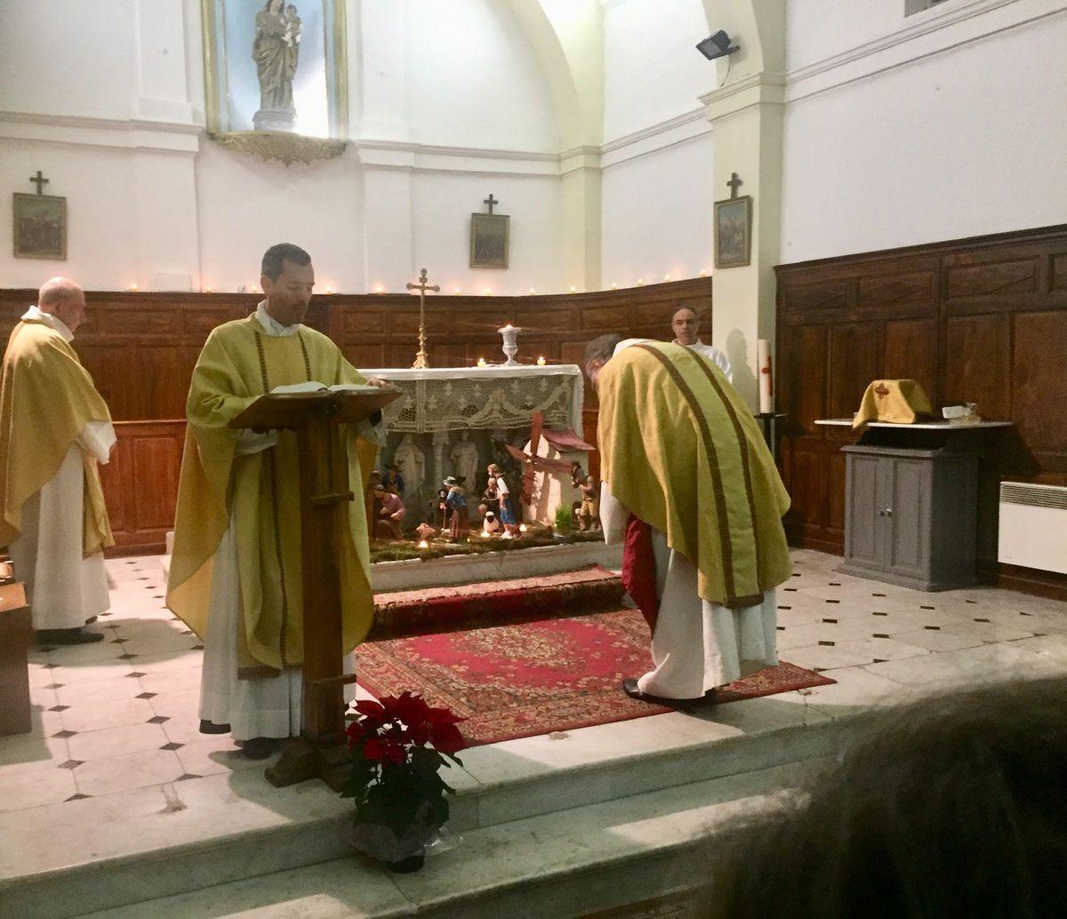 Messe de Noël, Homélie du Père Michel Isoard et bénédiction des Estevenoun