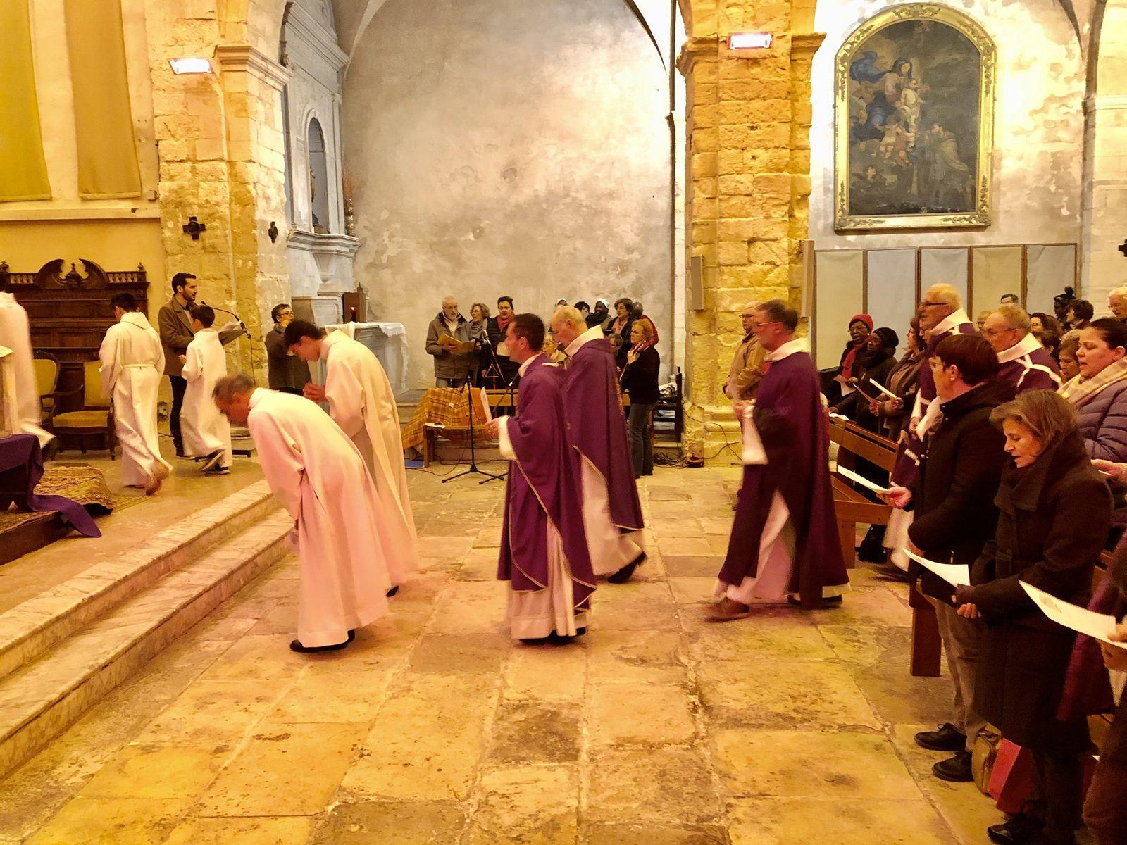 Les Martégaux étaient très nombreux à Saint Genest pour l'entrée en Carême.
