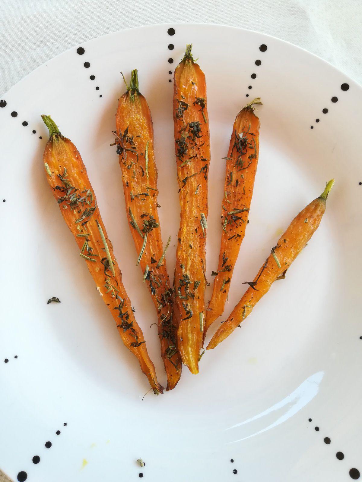 carottes fanes rôties au four