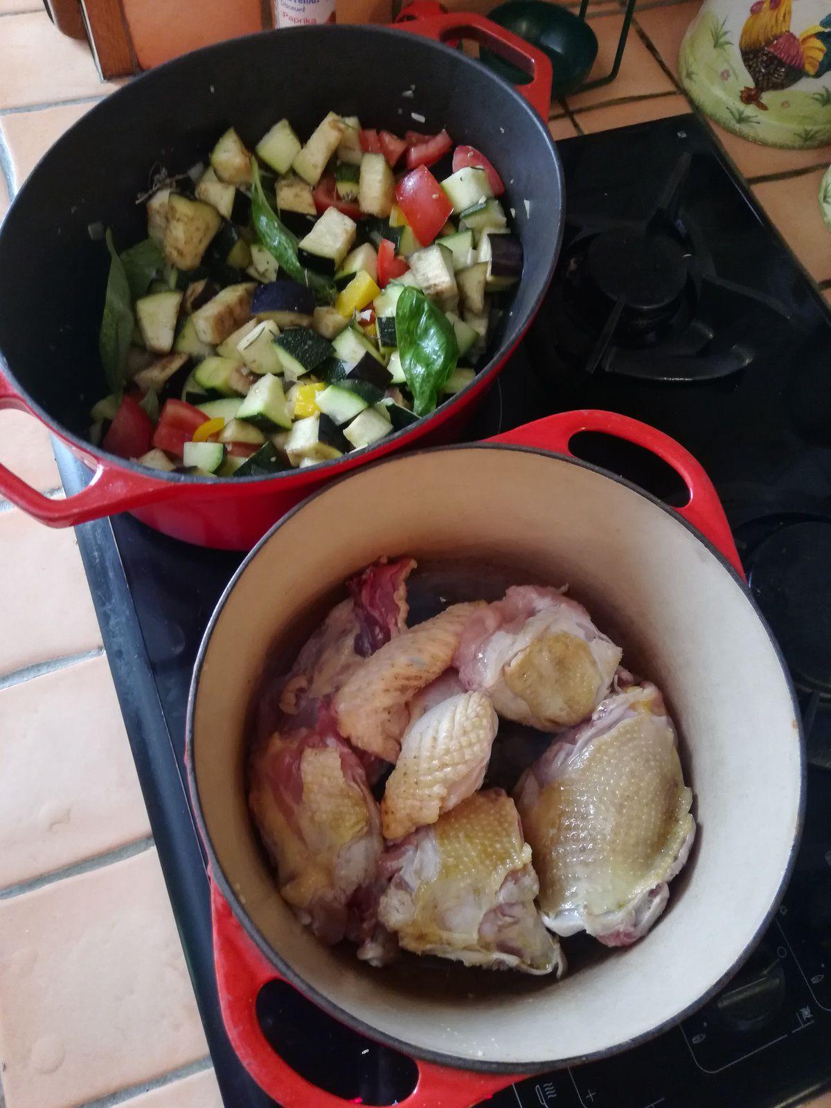 poulet en sauce aux légumes d'été