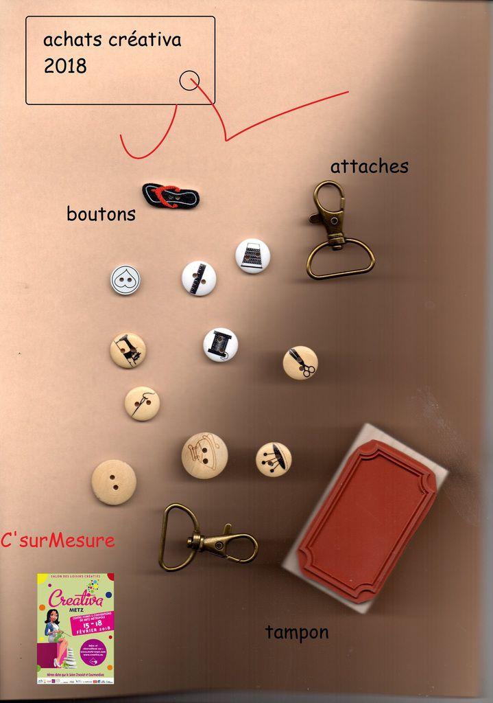 j'ai quand meme rammené quelques babioles : boutons, tampon, attaches sac.