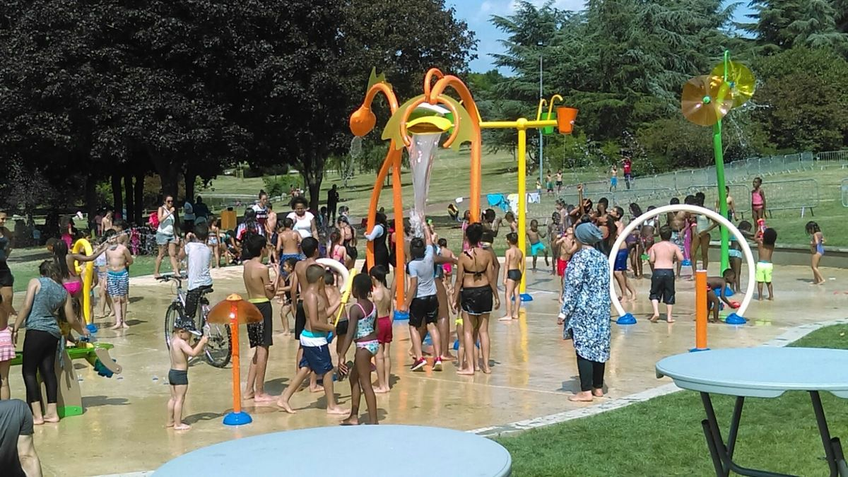 Une aire de jeux aqua-ludiques au Parc Robert Ballanger à Aulnay-sous-Bois