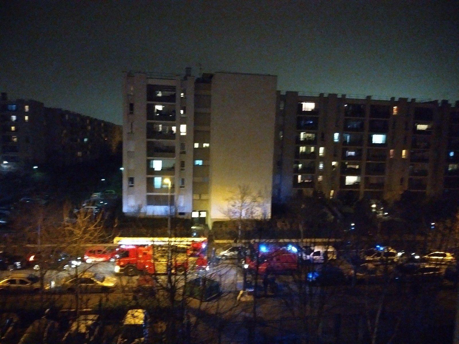 Merci aux pompiers pour leur intervention rapide lors d'un feu aux 3000 à Aulnay-sous-Bois !