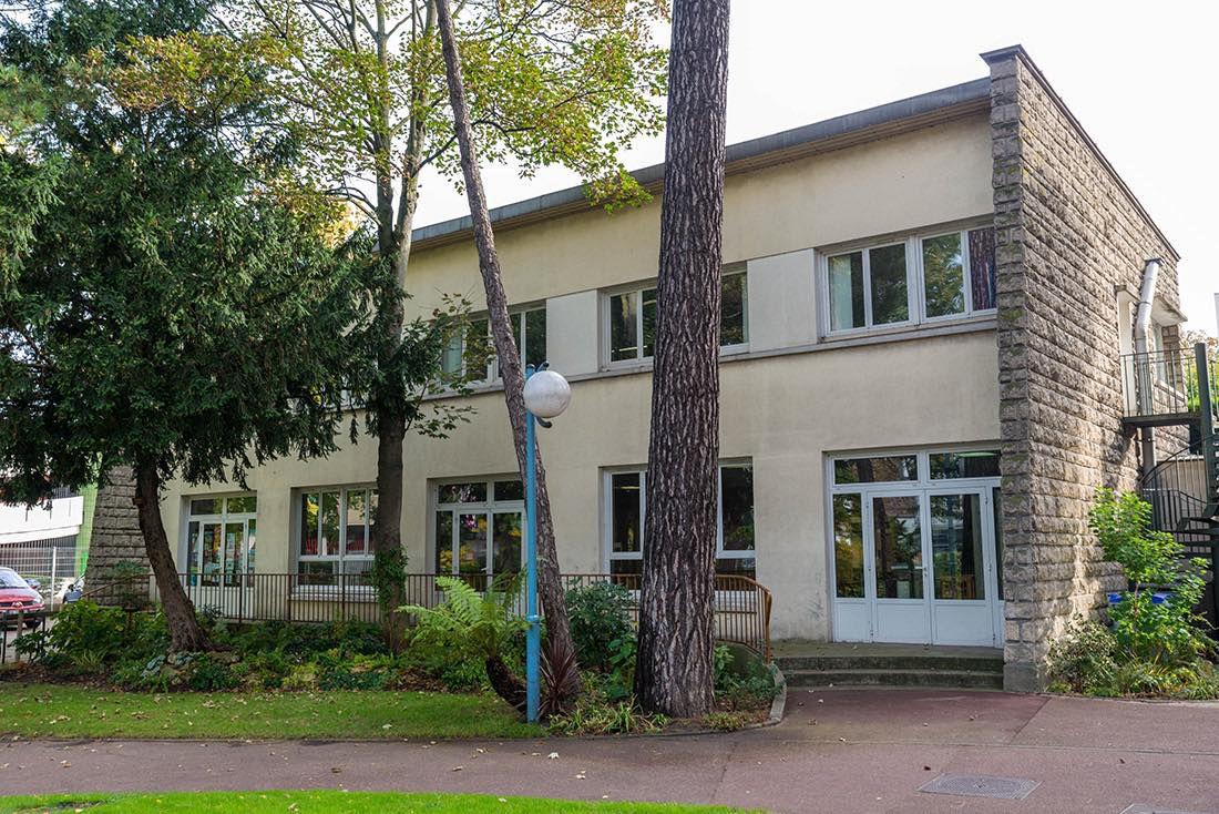 Réouverture du foyer restaurant Dumont à Aulnay-sous-Bois