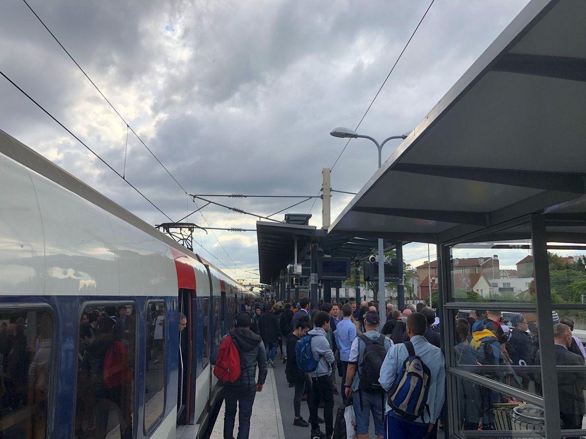 Le RER B et les transports publics franciliens dans le rouge après le Coronavirus : les usagers vont-ils payer la note ?