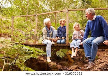 Une étude affirme que les grands-parents qui gardent leurs petits-enfants augmentent leur espérance de vie