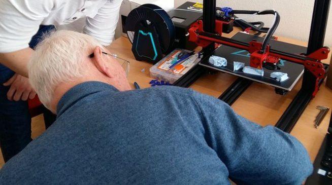 Bordeaux : apprentissage intergénérationnel de l'impression 3D en maison de retraite -33-