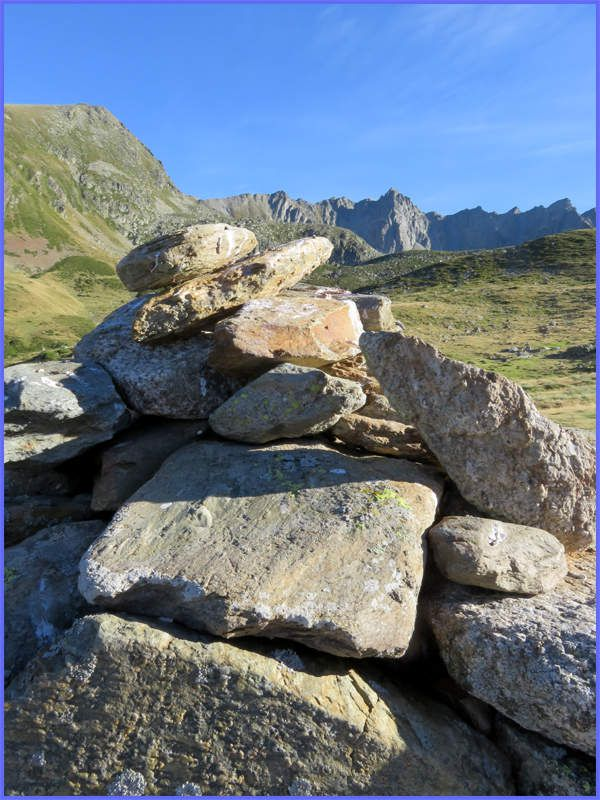 Massif du Puymorens (66), cairn – 6 septembre 2016, 18 H 07