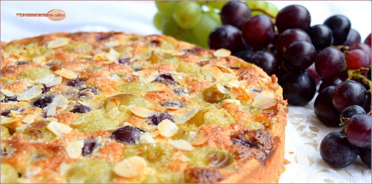 Tarte aux raisins frais et crème d'amandes